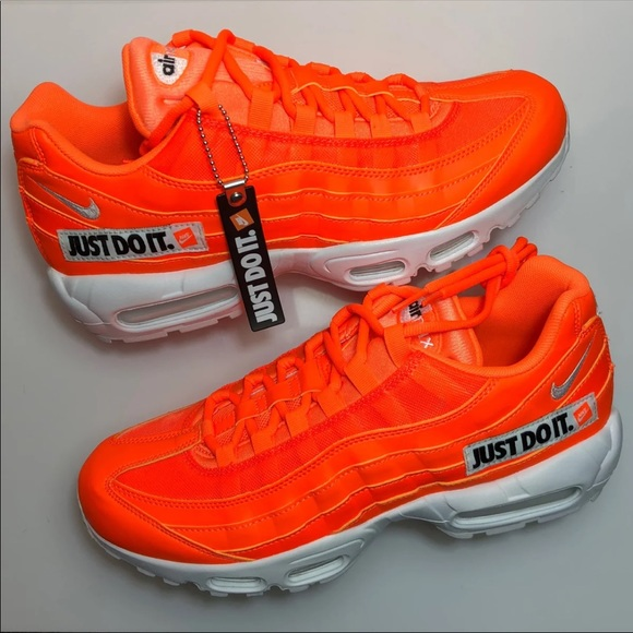 47a579d7c1 NEW Men's Nike Air Max 95 SE Total Orange. M_5c26eed45c4452688e3f0bdc. Other  Shoes ...